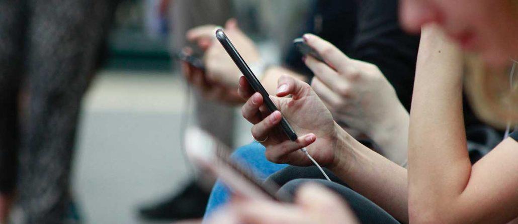 چه چیزهایی برای راه اندازی شبکه اجتماعی نیاز است؟